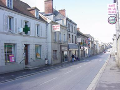 Main Street of Mortrée